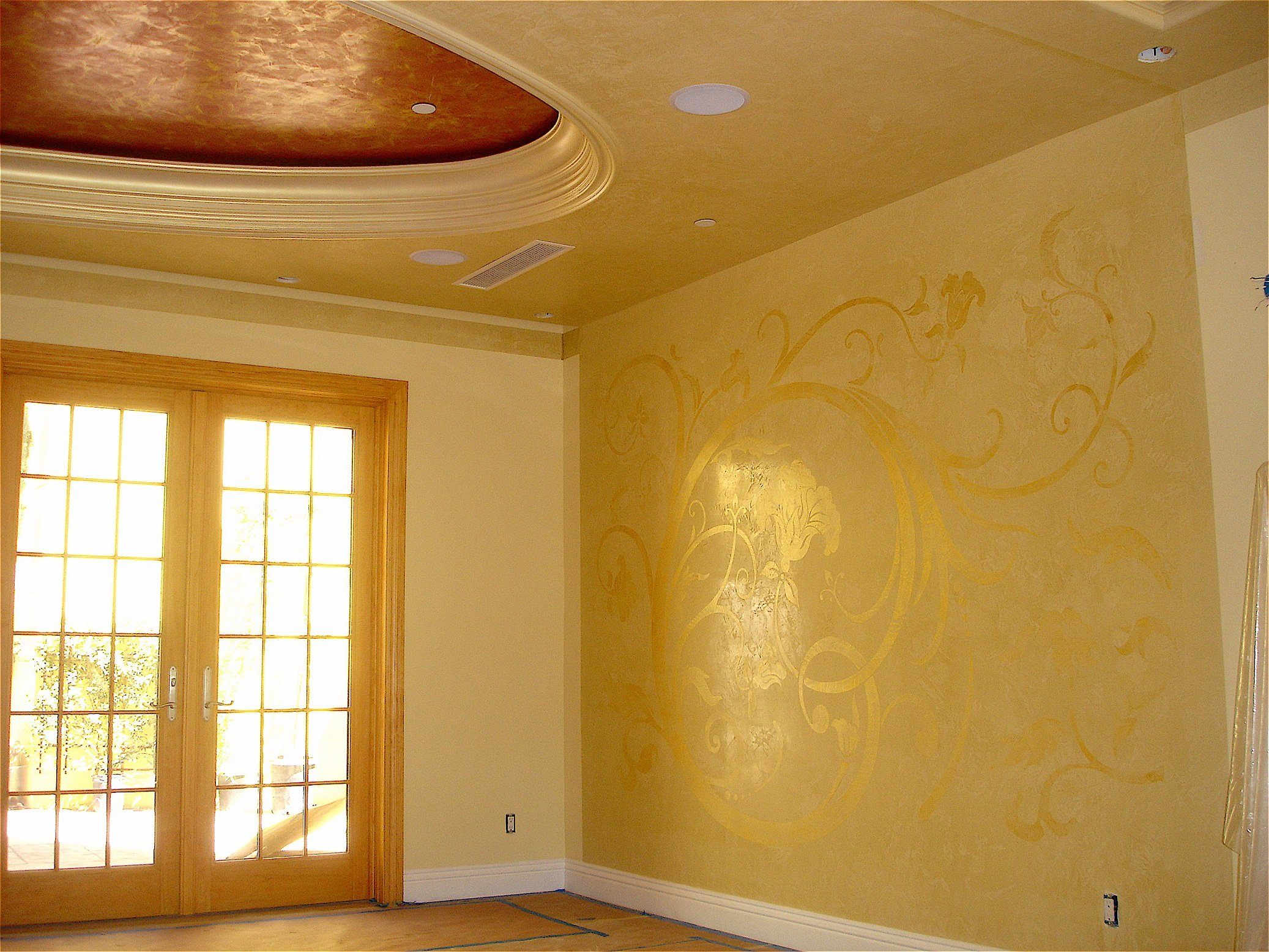 Stucco Lamundo Venetian Plaster with Metallic Wax | Meoded Paint ...